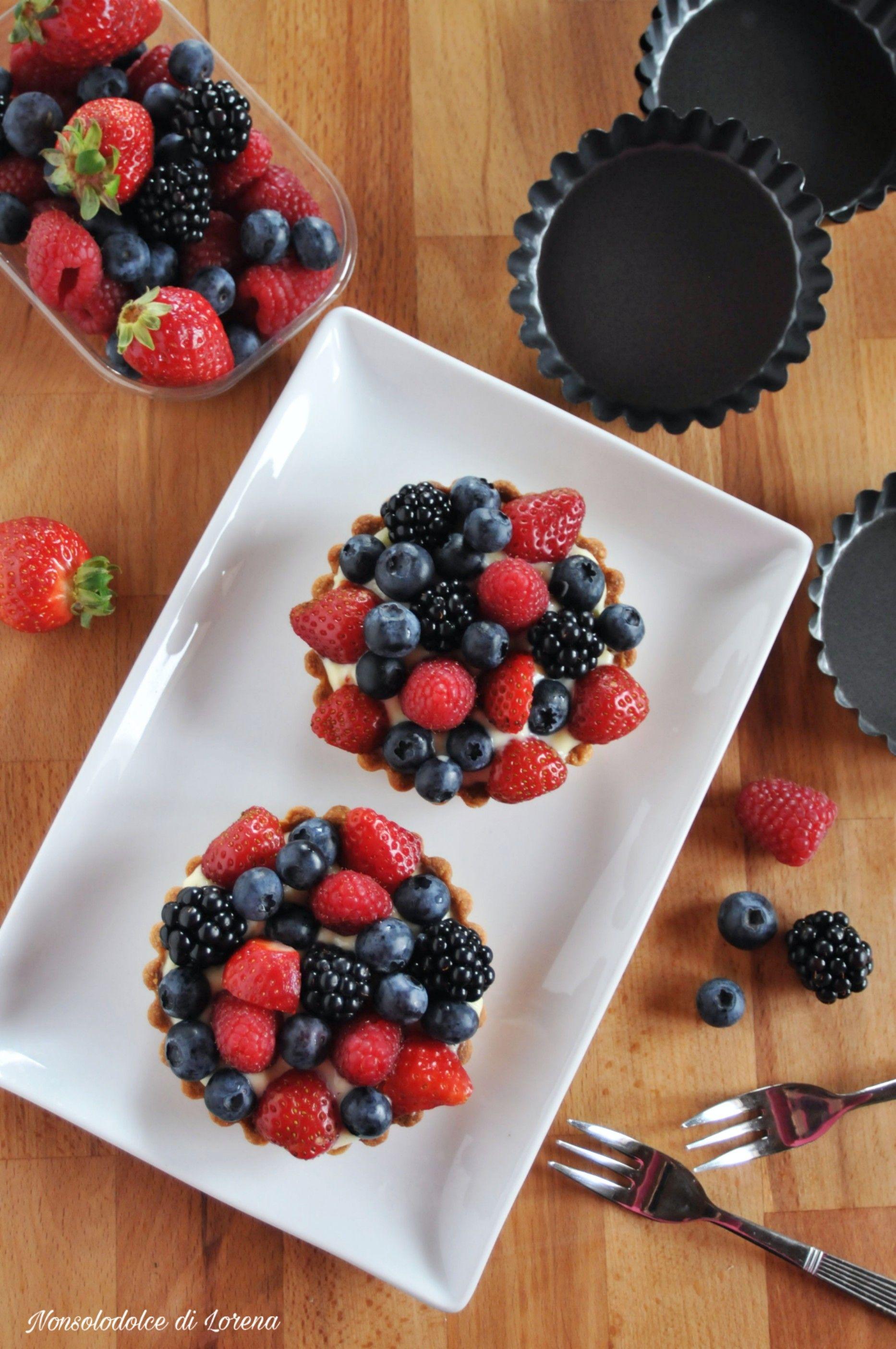 Composizioni Facili Di Frutta crostatine chantilly ai frutti di bosco e fragole, facili e