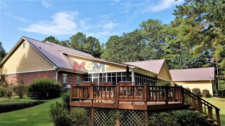 Licensed Contractor Serving Mississippi We Specialize In Metal Roofing Custom Decks And Much More Gallery Metal Roof Custom Decks Construction Services