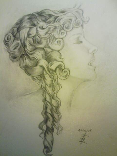 I wonder if I can do my hair like that? - Vampire .. By ~Searapia