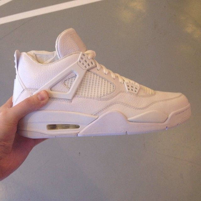 best website 89b5b 9cdd3 Air Jordan IV 4 All-White Sample