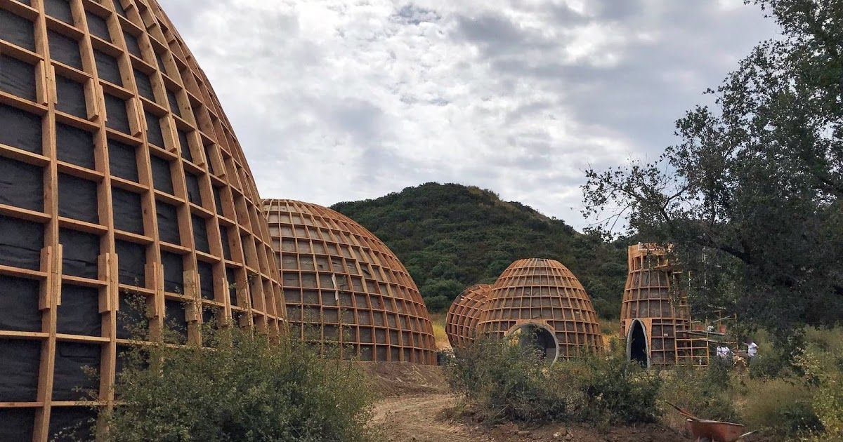 Kanye West Constructed Four Star Wars Inspired Structures On His Property In Calabasas California Whi Star Wars Inspired Kanye West Wyoming Travel Road Trips