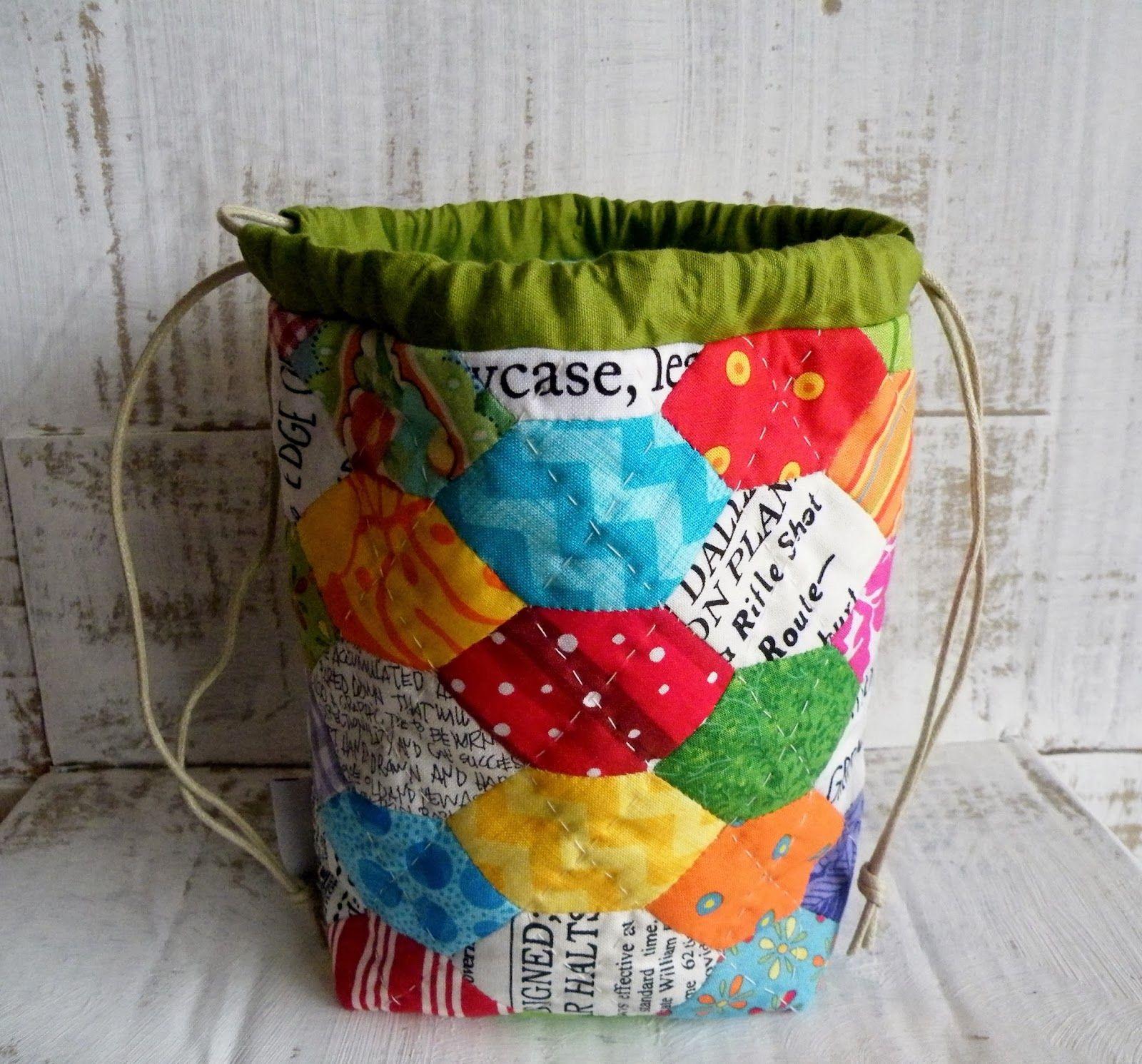 elongated hexagon pouch taschen utensilos n hen auf papier nach englischer art n hen auf. Black Bedroom Furniture Sets. Home Design Ideas
