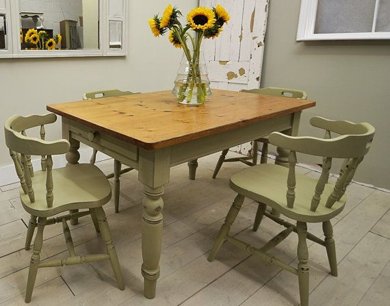 Shabby Chic Farmhouse Dining Table With 4 Captains Chairs   FREE UK DELIVERY
