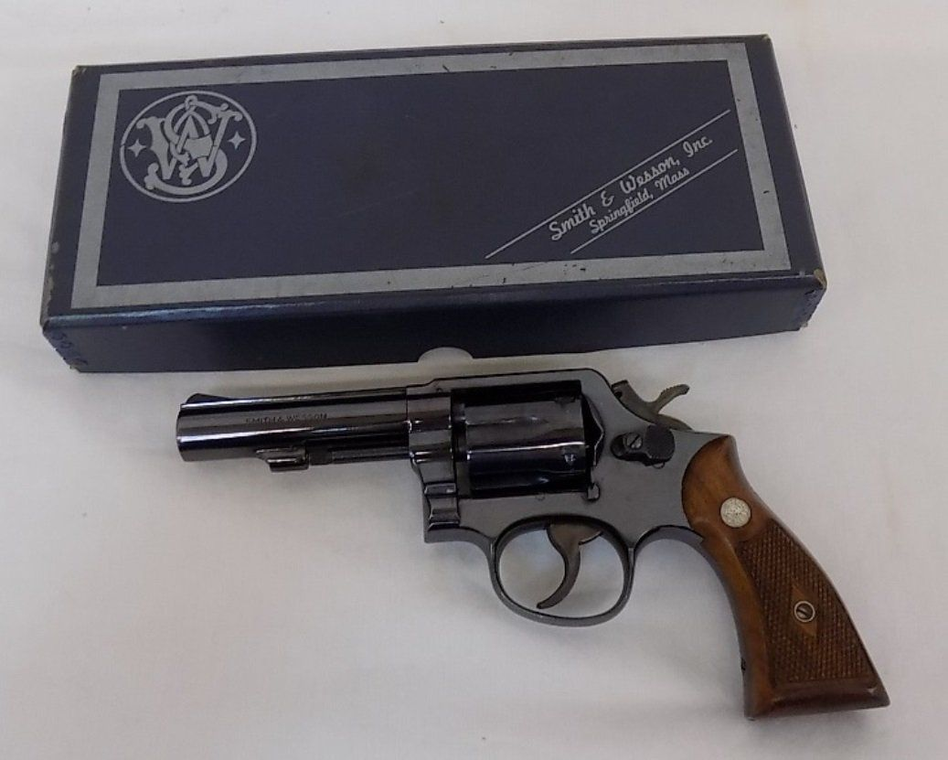 Smith wesson model 10 6 revolver 38 special smith m 10 smith wesson model 10 6 revolver 38 special thecheapjerseys Image collections