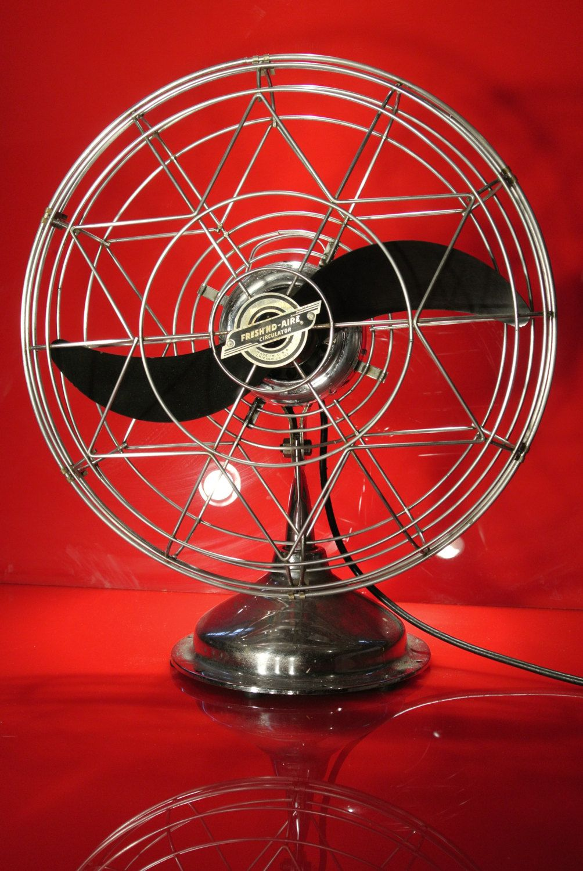 "Fresh'nd Aire 1947 model 1700 vintage 17"" fan by"