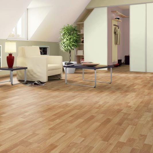 Best Laminate Flooring For Kitchen: Naturaclic Wellington Oak Laminate Flooring
