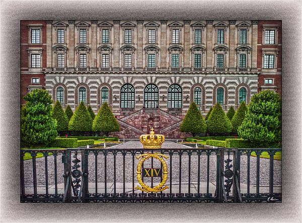 This is the Courtyard of Stockholm Palace. The Royal Palace is the official…