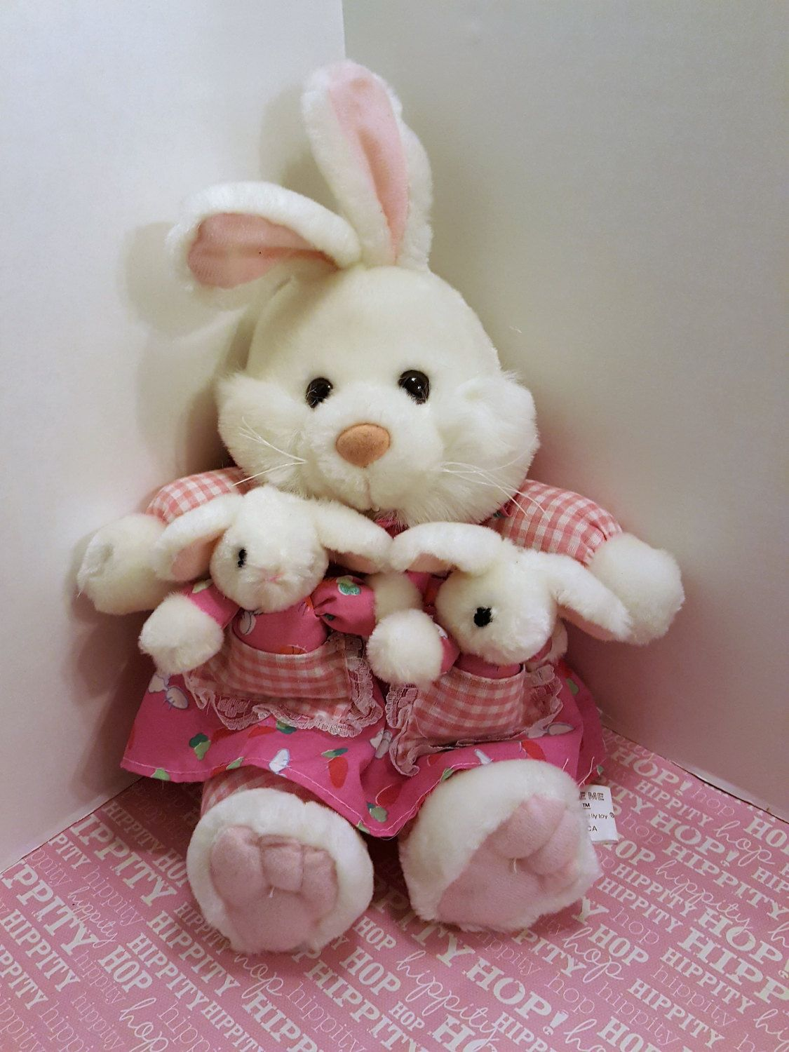 Vintage kuddle me toys momma bunny babies excellent gift vintage kuddle me toys momma bunny babies excellent gift giving condition easter spring plush adorable by onevintagejunky on etsy negle Choice Image