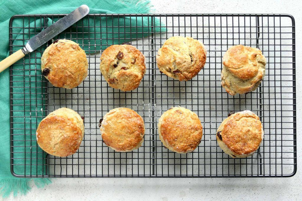 Traditional Irish Scones Made With Buttermilk And Sultanas Perfect For St Patrick S Day Or Any Day Great Straight From The Oven Wit In 2020 Irish Scones Scones Food