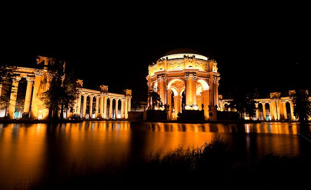 The Palace Of Fine Arts In San Francisco Is Perfect For A Romantic Walk During The Night Palace Of Fine Arts Places In San Francisco Romantic Places