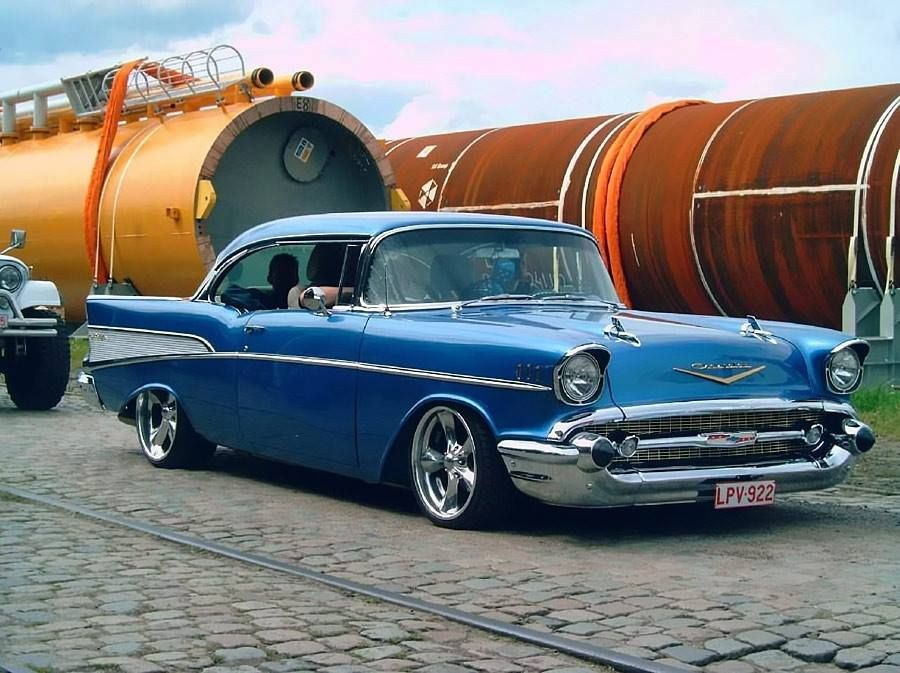 57 Chevrolet Bel Air. There is a song about this car. | 57-55 ...