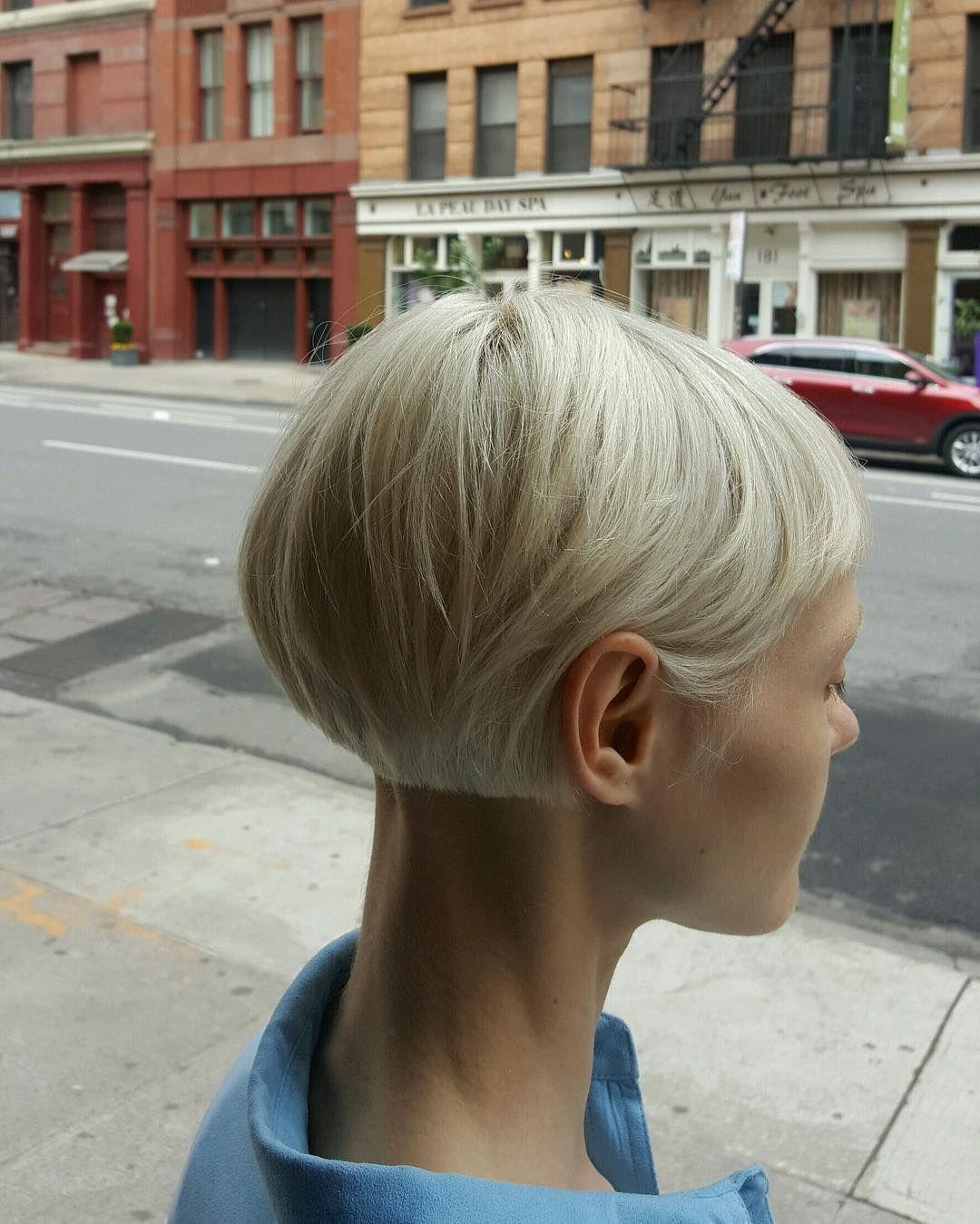loiro / cabelo curto / cabelo chanel