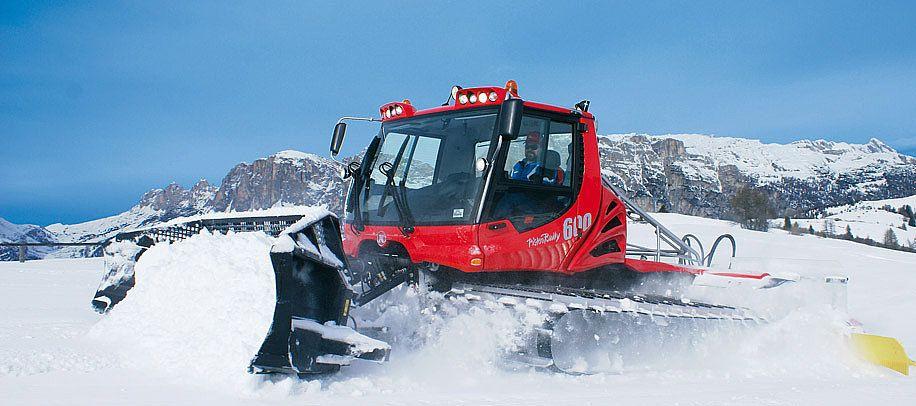 Pisten Bully   Snow vehicles, Snow, Snowboarding