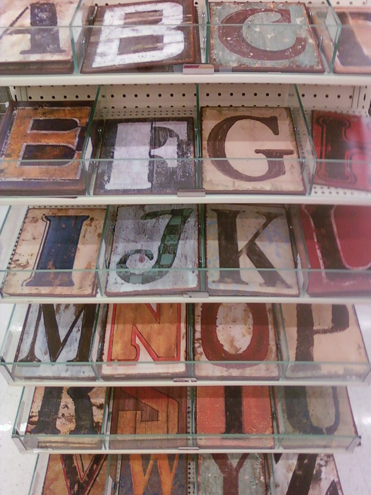 I Want House Numbers Like These Painted Tin Letters See At Hobby