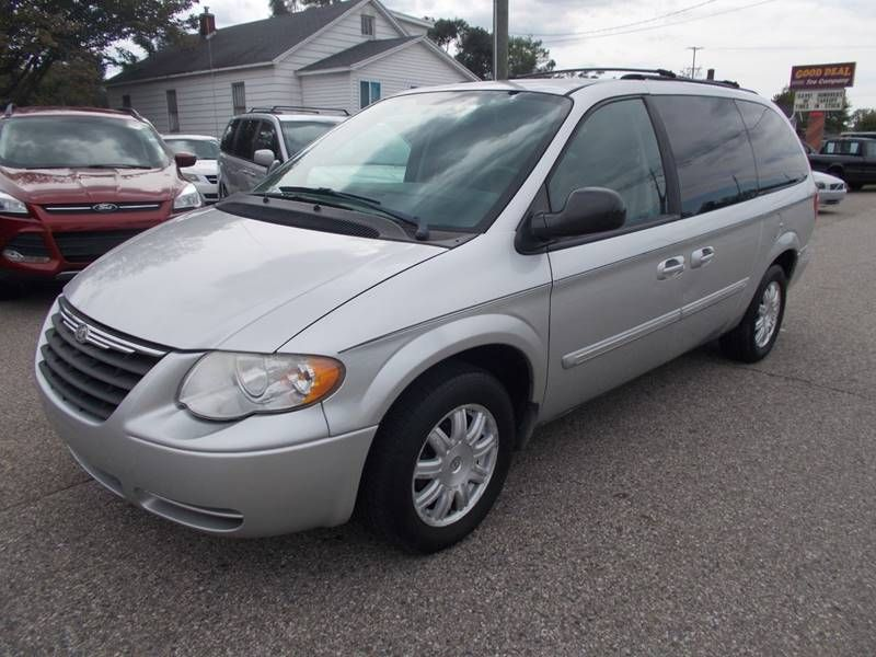 2007 Chrysler Town And Country Touring Auto Carsales Autosales Chrysler Town Country Chrysler Voyager Cars For Sale