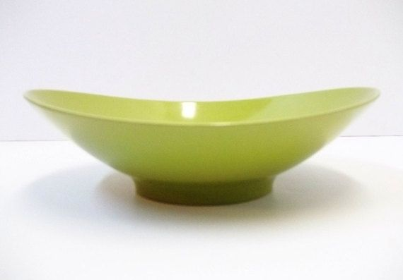 Avocado Green Melamine Vegetable Bowl Retro Serving Bowl 1950s Melmac Bowl Mid Century Olive Green Kitchen Ser Vegetable Bowl Olive Green Kitchen Avocado Green