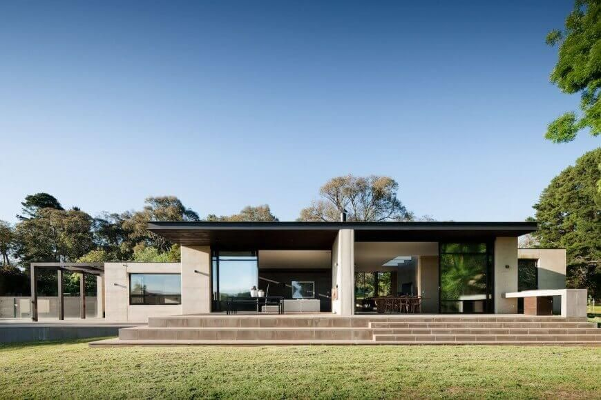 Robson Rak Architects 4 Hour Fire Rated Rammed Earth Walled House Earth Homes Flat Roof House Rammed Earth