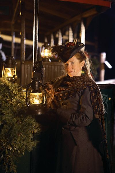 Perfect Lantern Light Tours At Mystic Seaport, A New England Holiday Tradition!  Photo © Mystic Seaport. Nice Look