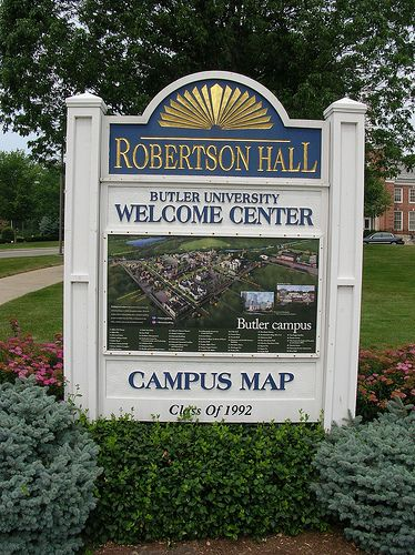 Class of 1992- Campus Map in front of Robertson Hall   Senior Class ...