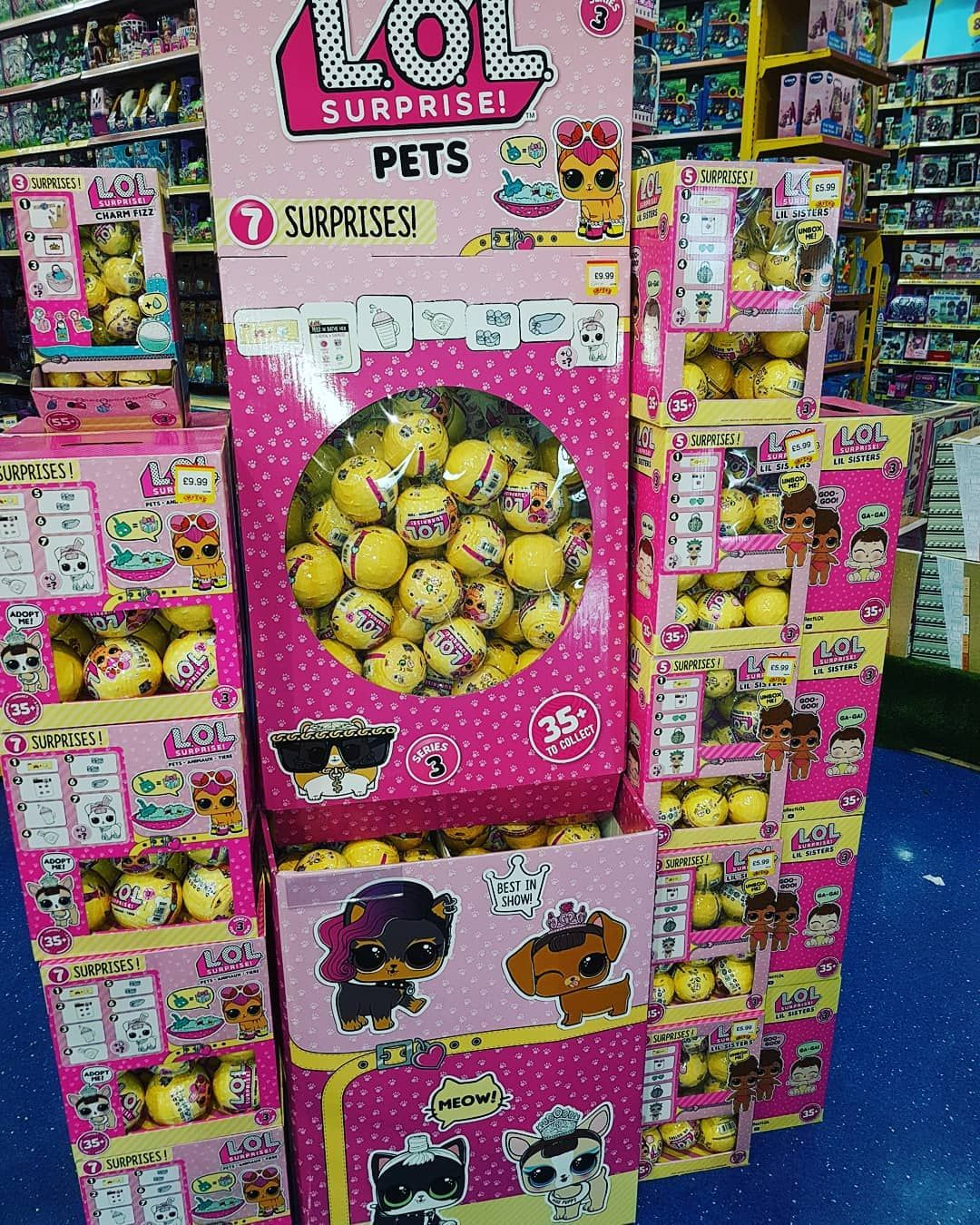 Oh My Im In L O L Heaven Lol Pets And Lol Lil Sisters Series 3 In My Local Smythstoys Hehe Appologies For The Delay In Upl Lol Dolls Bunny Mom Birthday Toys