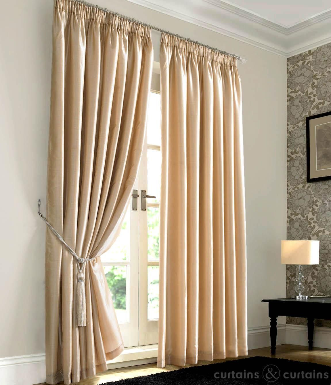 Bedroom curtains cream design ideas 2017 2018 for Curtains for bedroom windows with designs