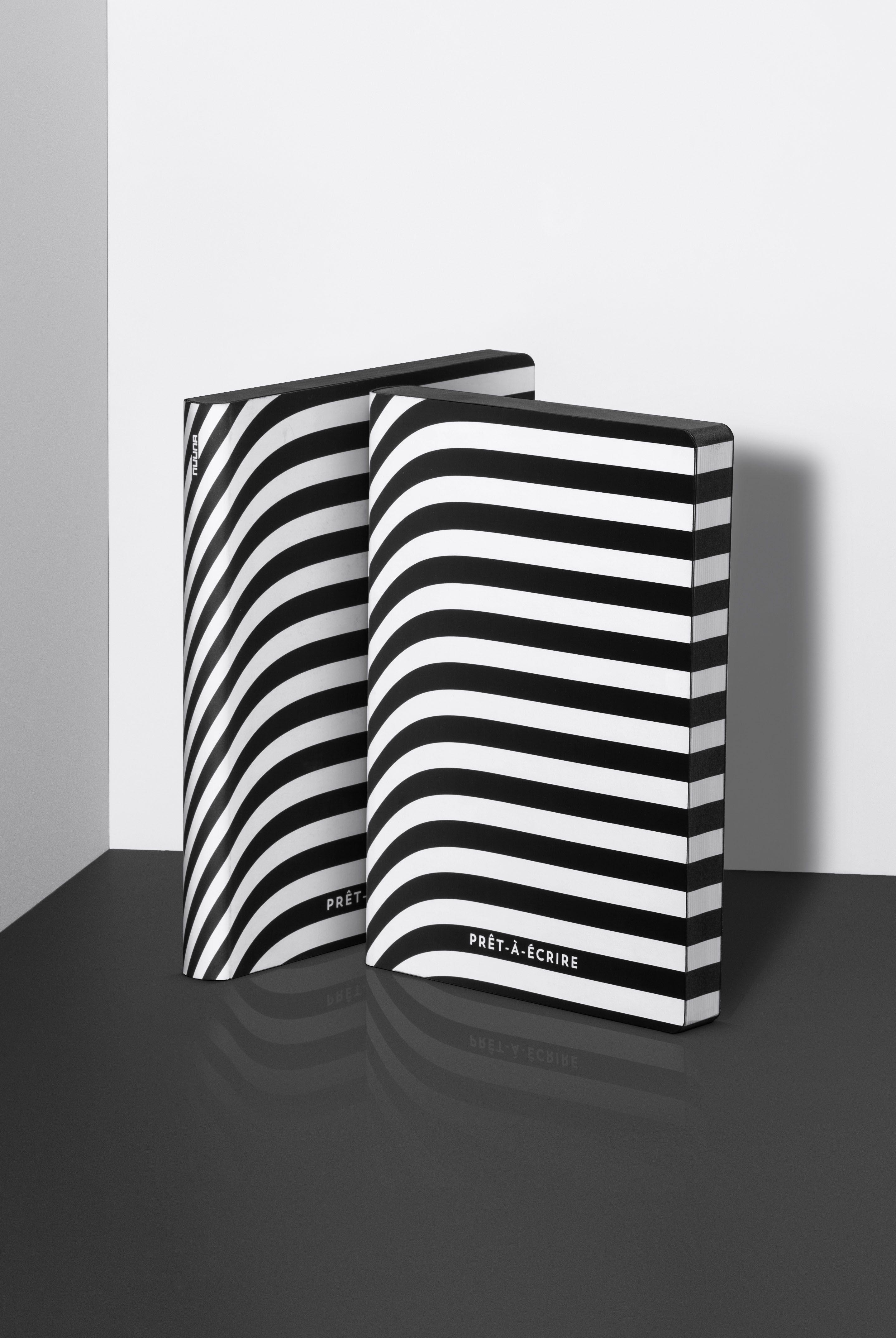 Nuuna Graphic Notebook Dot Grid Large Pret A Ecrire