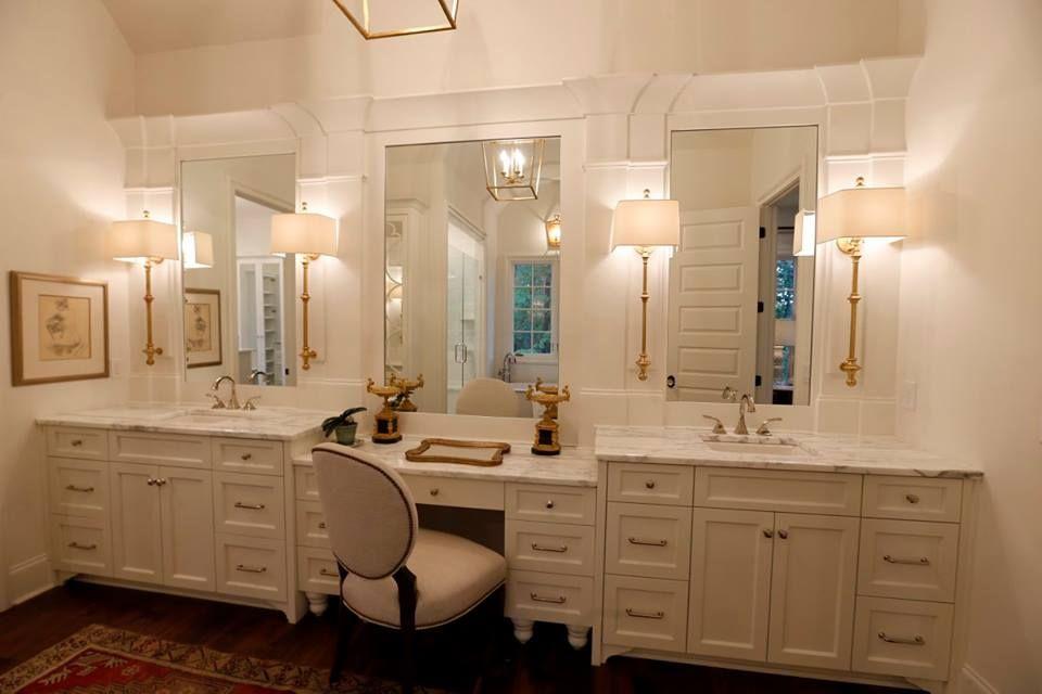 2016 Southern Living Custom Builder Program Showcase Home Bathroom