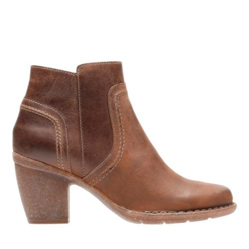 womens clarks ankle boots