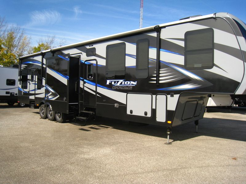 2015 Keystone Rv Fuzion 403 Stock 810473 Boyer Rv Center Keystone Rv Used Rvs For Sale Camper Towing