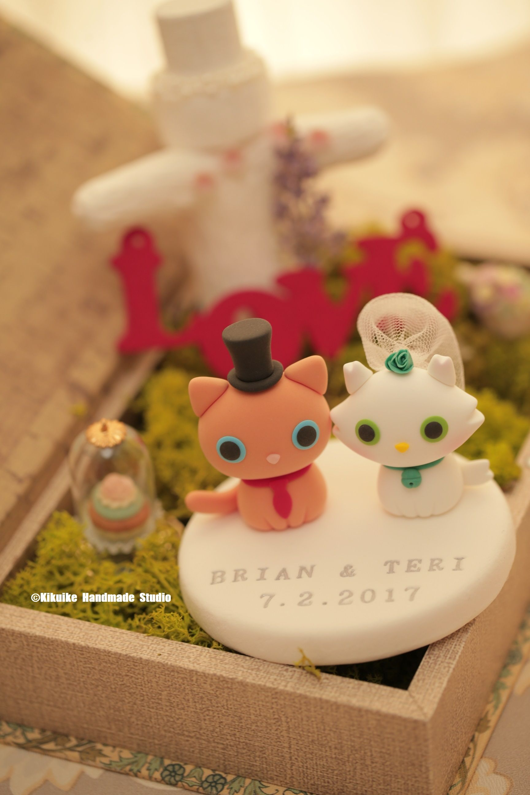Kitty and cat Wedding Cake Topperk857 Etsy in 2020 Cat