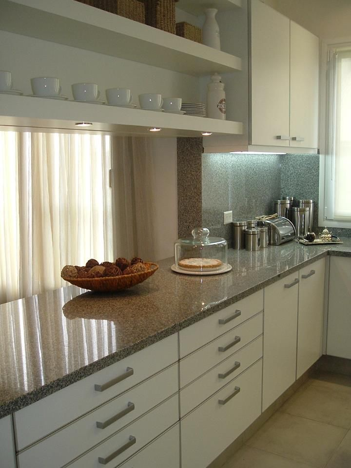 Modelo conde melamina blanca de 18mm contactanos for Severino muebles cocina alacena melamina blanca