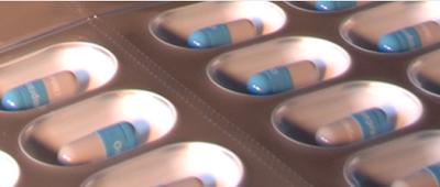 Doença de Parkinson: medicamento lançado na Alemanha e no Reino Unido O grupo português Bial iniciou a comercialização na Alemanha e no Reino Unido de um novo medicamento para o tratamento da doença de Parkinson, uma patologia neurodegenerativa, crônica e progressiva