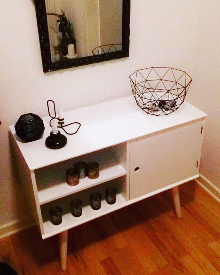 1 af i alt 2 nye møbler.  Jeg er vild med det!  #nyemøbler #interior #interiør #hay #tomdixon #søstrenegrene #bilka #jysk #hvid #sort #sølv #guld #kobber #design #danskdesign #fedentre #godmandagherfra #godnat
