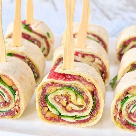 Rezept für einen leckeren Snack! Herstellung von Carpaccio-Wraps aus Lauras Bäckerei #koudehapjes