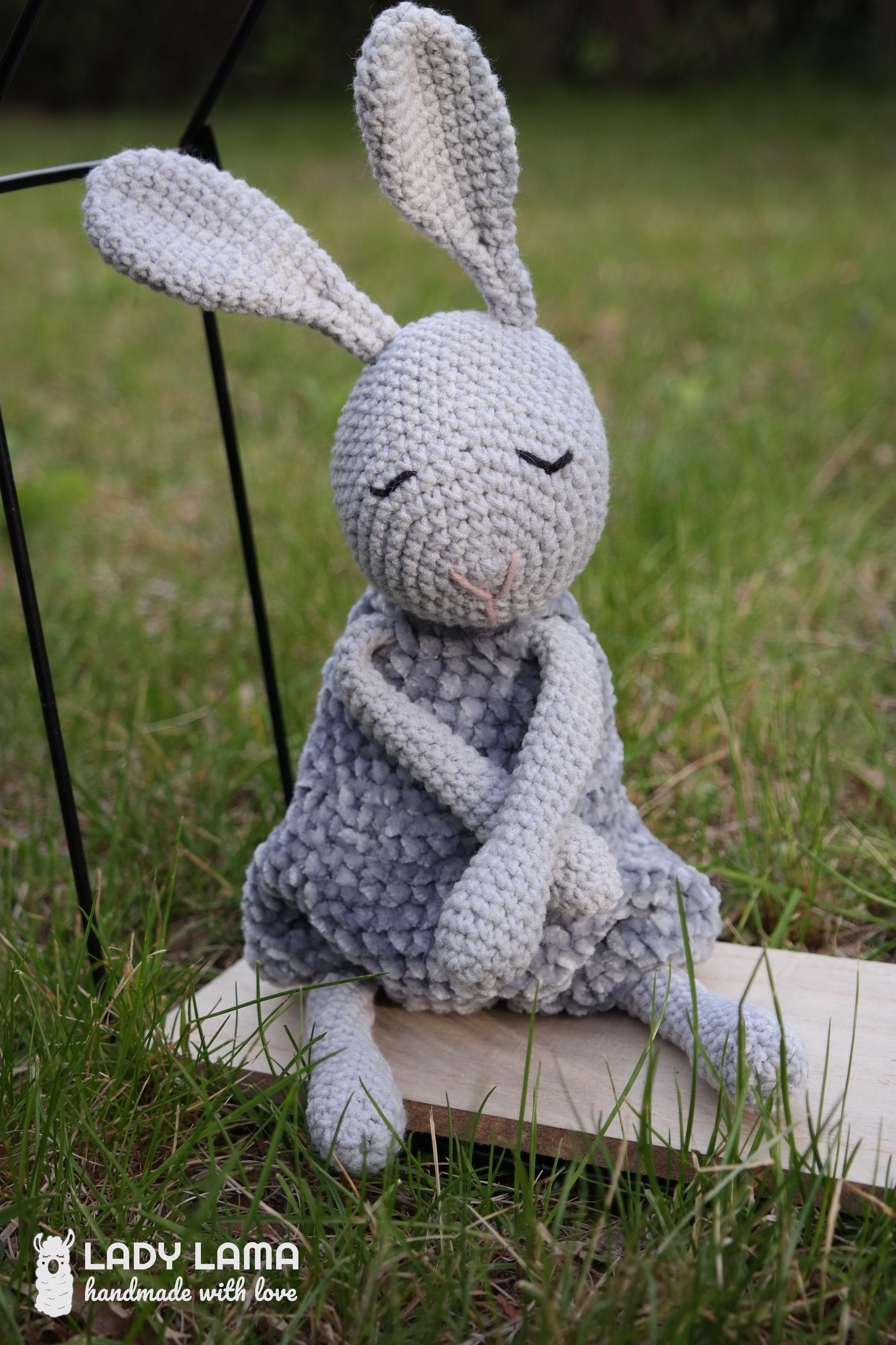 Lucy - handmade sheep toy. Baby sleep aid toy. Newborn welcome ... | 5472x3648