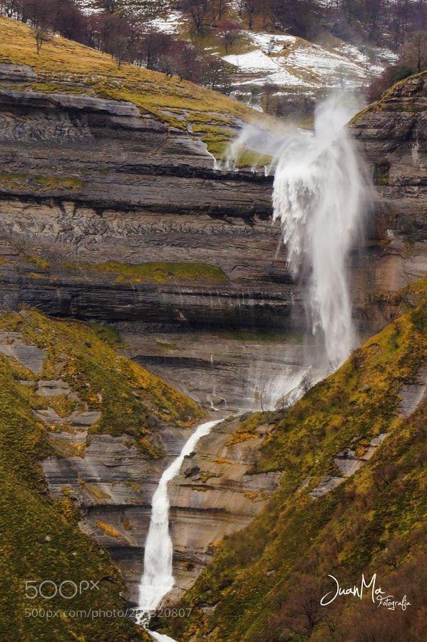 http://ift.tt/2jr6Zkd #Nature_breathtaking #Photos Cascada de San Miguel ( Cascada Caprichosa ). by JuanManuelGarciaGarcia