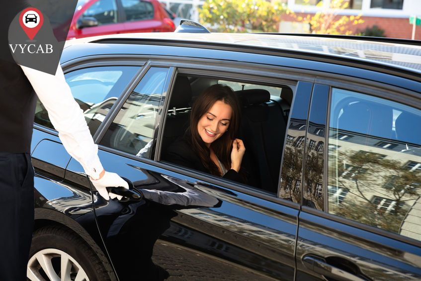 Luxury Car Rentals To Enjoy Comfortable And Stress Free Trips Carrental Carrentals Luxurycar Luxur Luxury Car Rental Car Rental Free Travel
