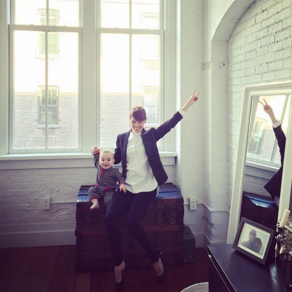 Miten yhdistää perhe, oma elämä ja ura New Yorkissa? Suomi-tytölle kaikki on mahdollista! – Anna&Ellit  http://ellit.fi/muoti-ja-kauneus/annabella-daily/miten-yhdistaa-perhe-oma-elama-ja-ura-new-yorkissa-suomi-tytolle-kaikki-on-mahdollista