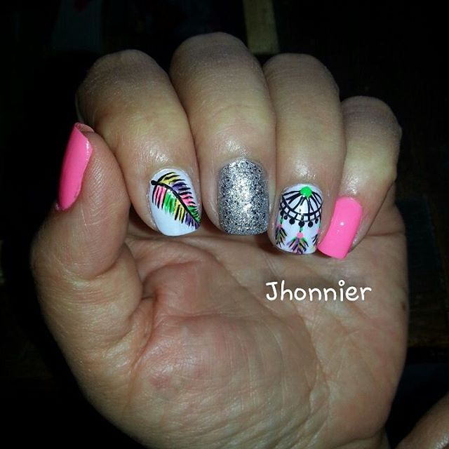 adriana nails uas decorados esmalte campeona electrica