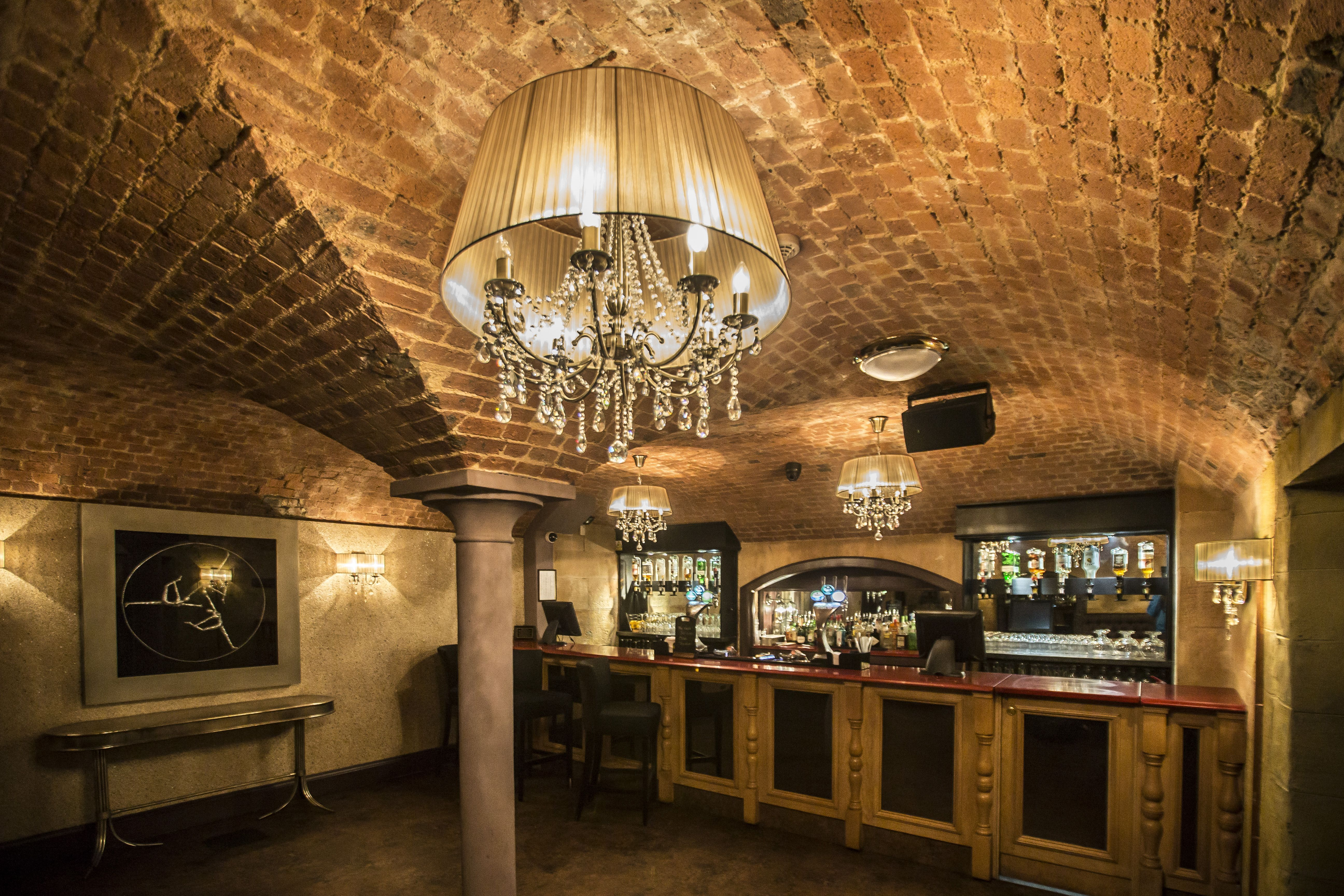 Exclusive wedding venue- The Vault Bar. Photography by Sean Elliot Photography.