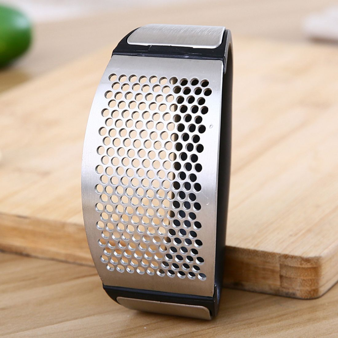 Aparato creativo de cocina multifuncional rallador de ajo de acero inoxidable con forma de arco