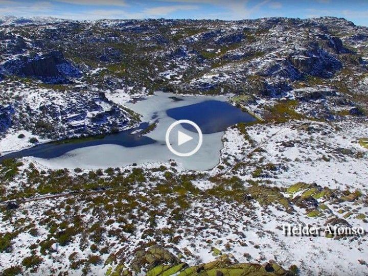 Não perca esta fabulosa aventura sobre o segredo oculto da Serra da Estrela, o funil do Covão dos Conchos, desta vez com neve e visualização do seu interior!