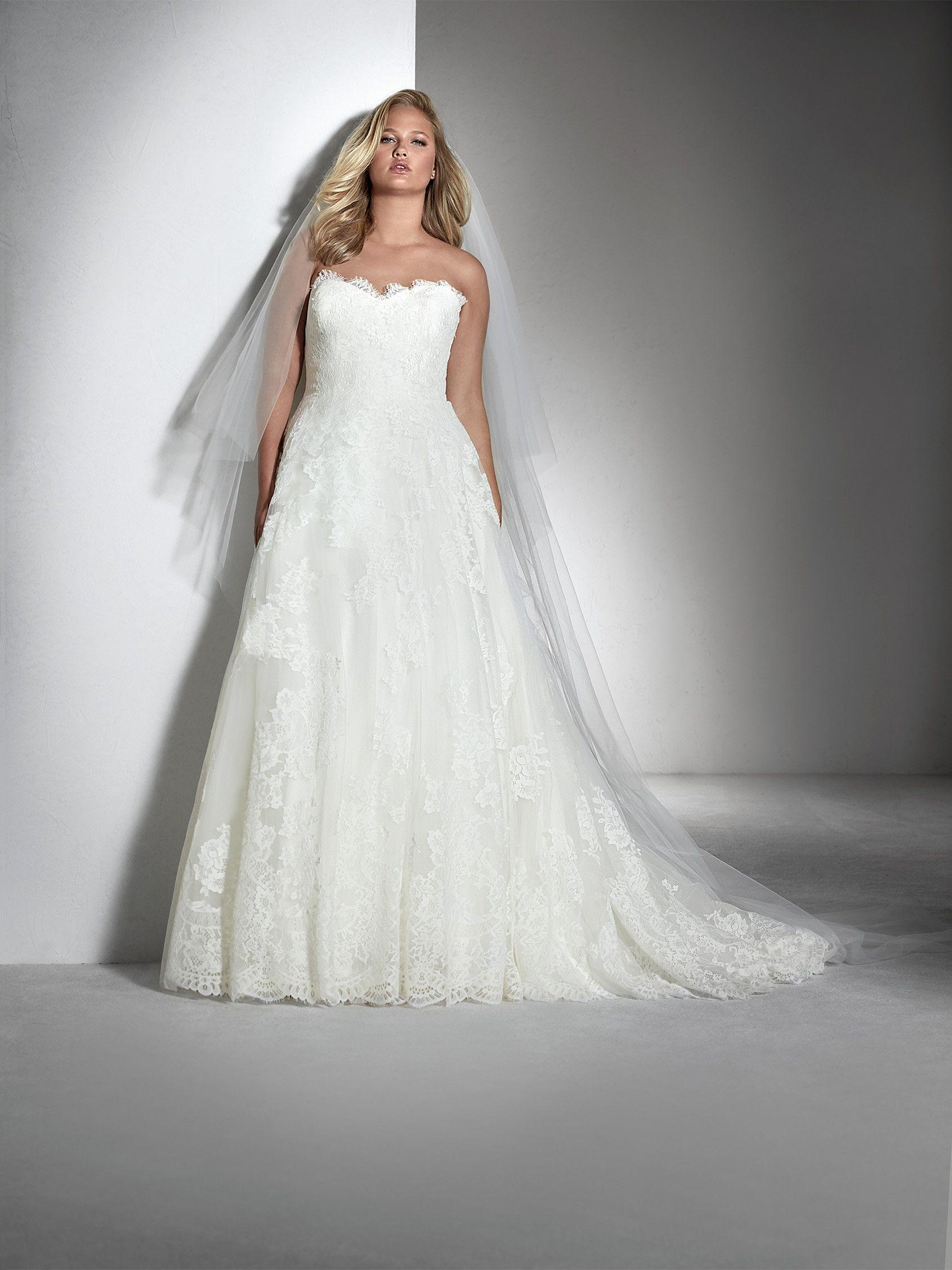 Fabil I White One Plus Collection - Pronovias San Patrick ...