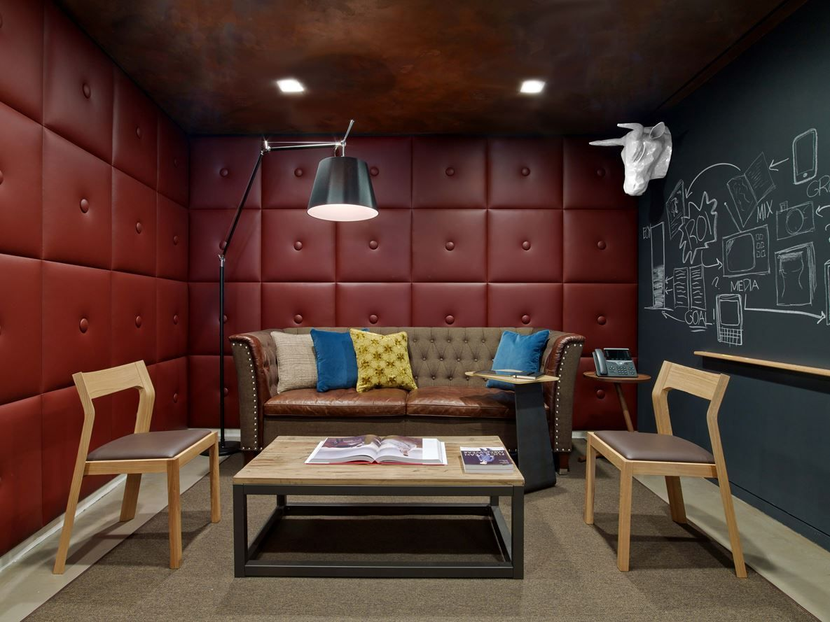 Condé Nast Entertainment Picture Gallery Conference Room Design Office Design City Office