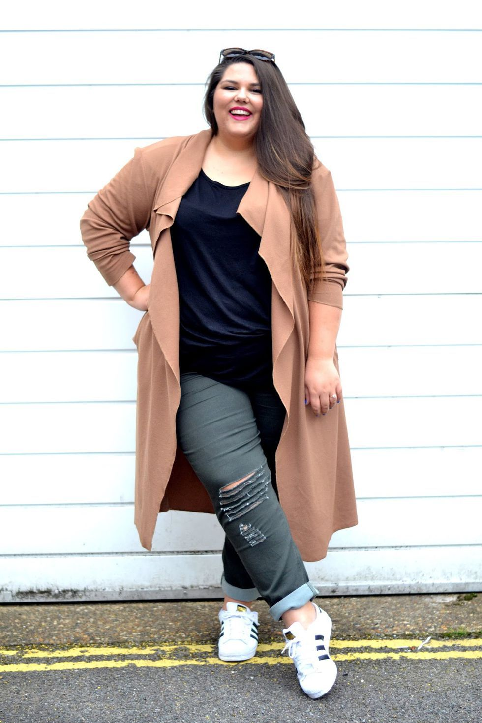 120c9a73e 24 Plus-Size Outfit Ideas for Fall - Plus-Size Style Inspiration