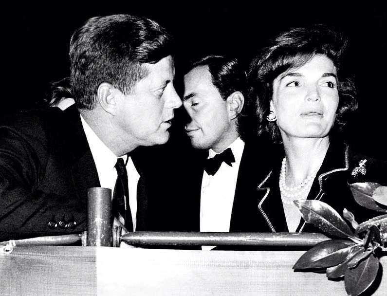 1961 27 Octobre Jfk At A Horse Show With Gore Vidal Jackie S