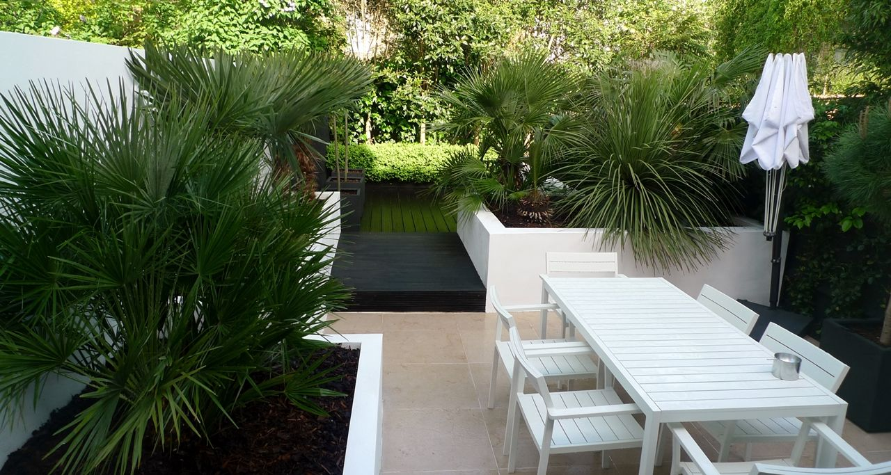 Modern Urban London Garden Design limestone paving white raised