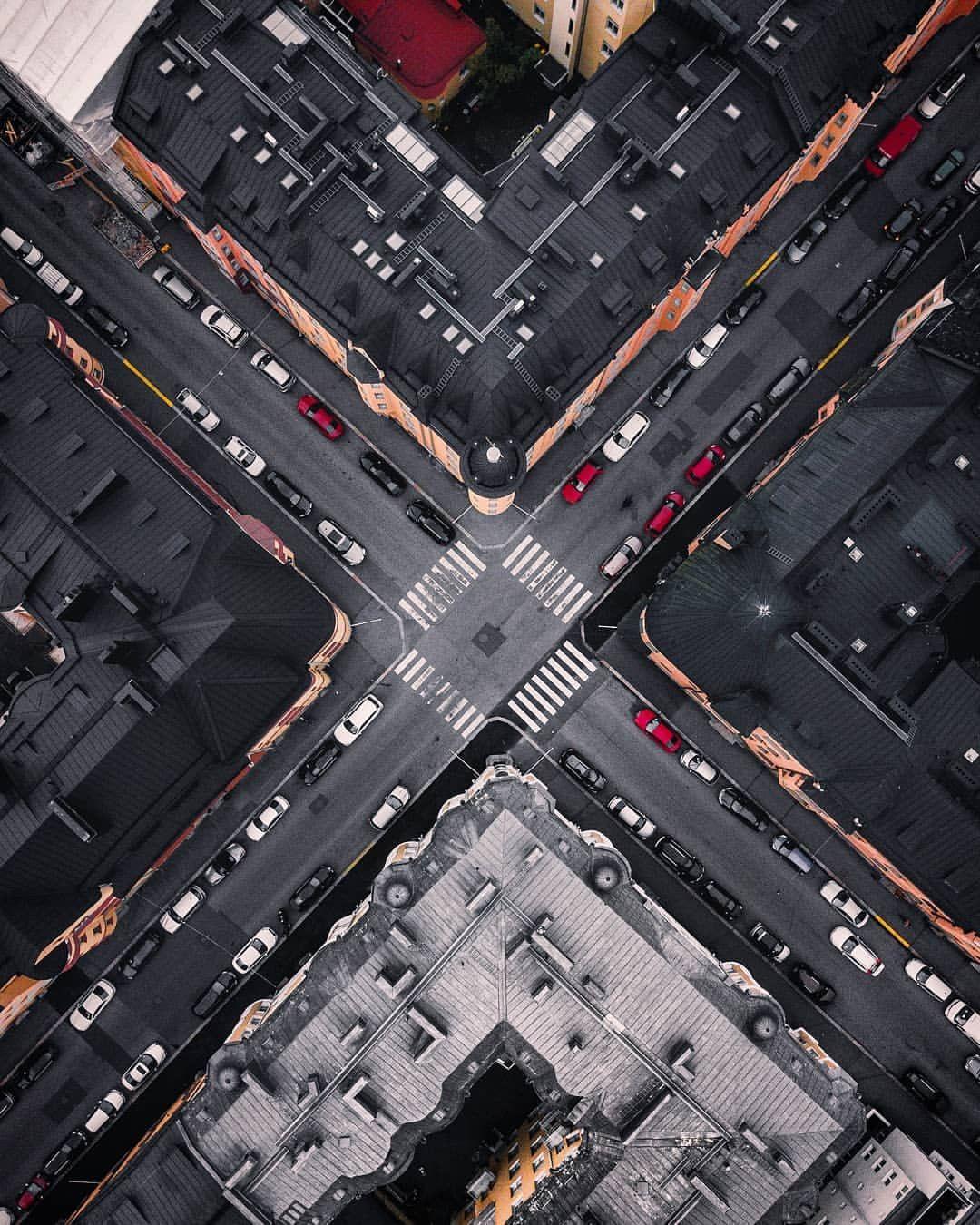 Kristo Vedenoja Captures Spectaculal Urban Scenes In