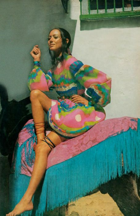 1969, by Henry Clarke for Vogue. Pink and turquoise.