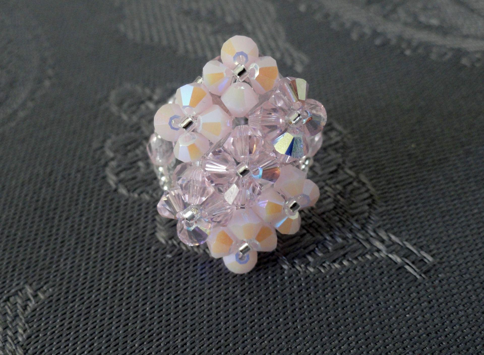 Glass cube planter | Perles de cristal, Perles roses et Bague ...